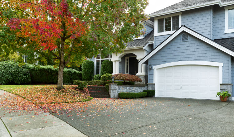 3 Ways to Prepare Your Exterior for Fall
